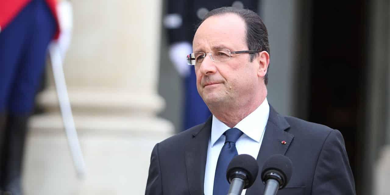 Hollande a tout faux, même quand ça s'arrange un peu.