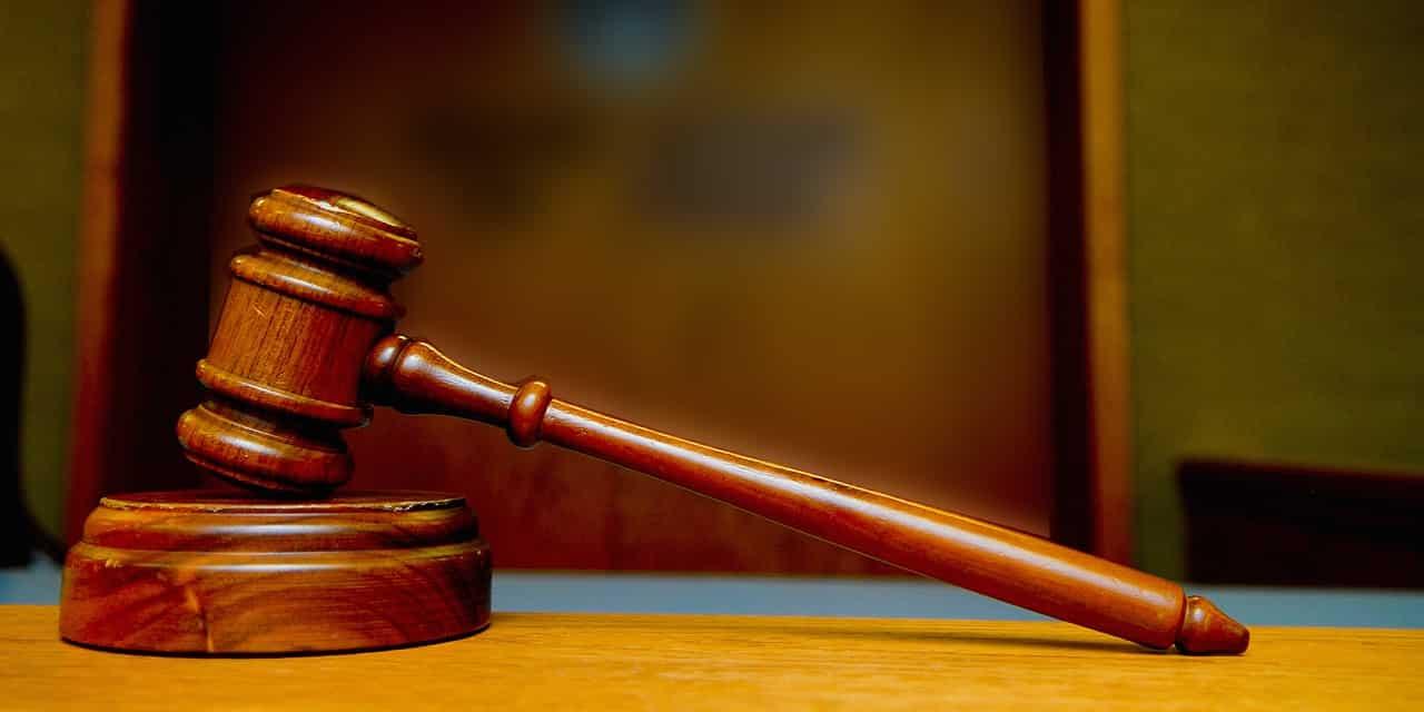 Tribunaux d'arbitrage : le double jeu du gouvernement