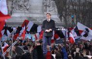 Défilé pour la 6e République le 18 mars à Paris