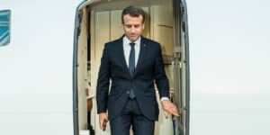 macron cajole riches