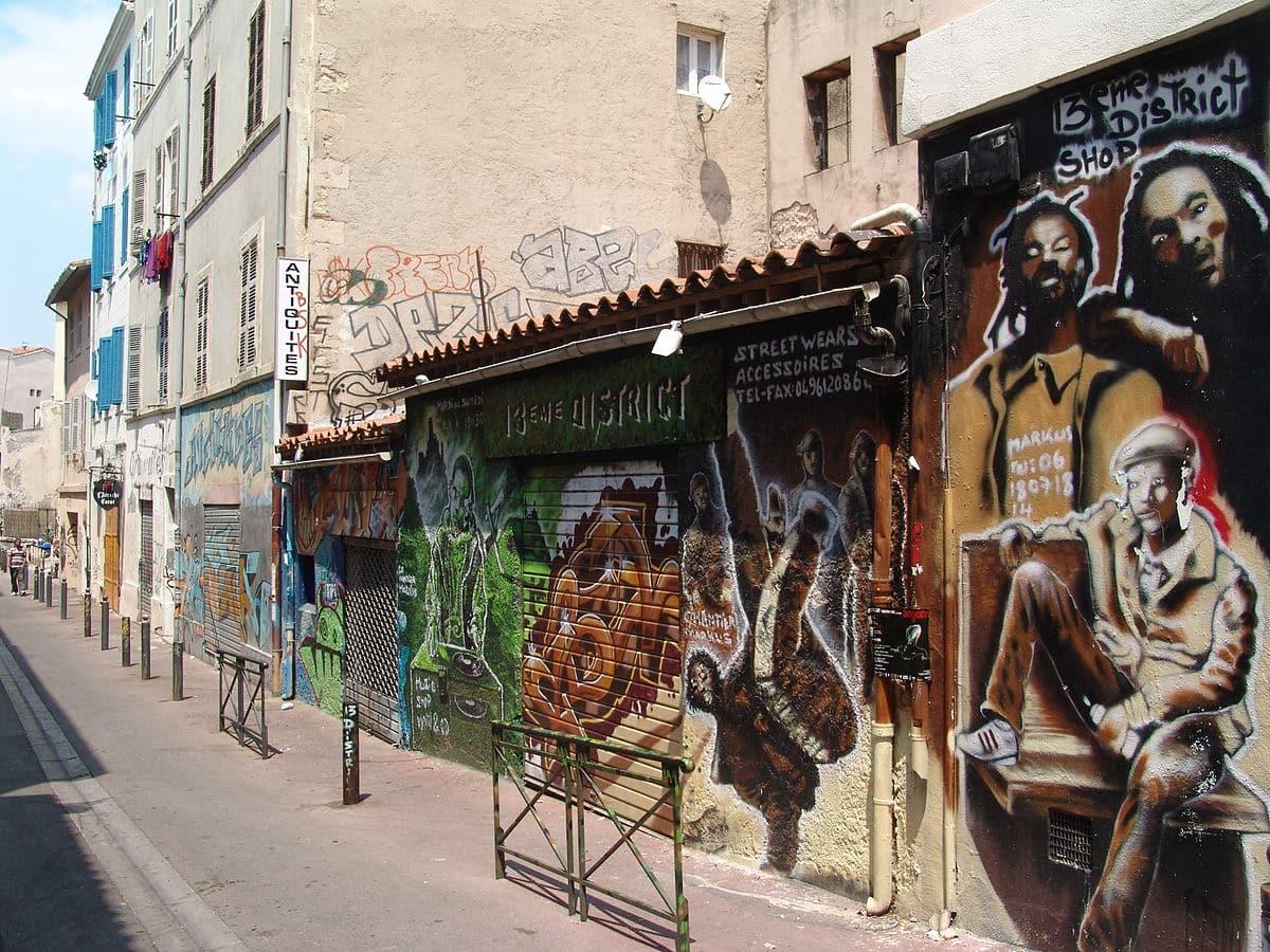 Question écrite : Centres sociaux des Bouches-du-Rhône