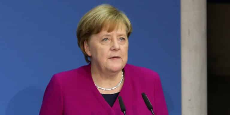 L'Europe impopulaire - Page 22 Merkel-allemagne-italie-768x384