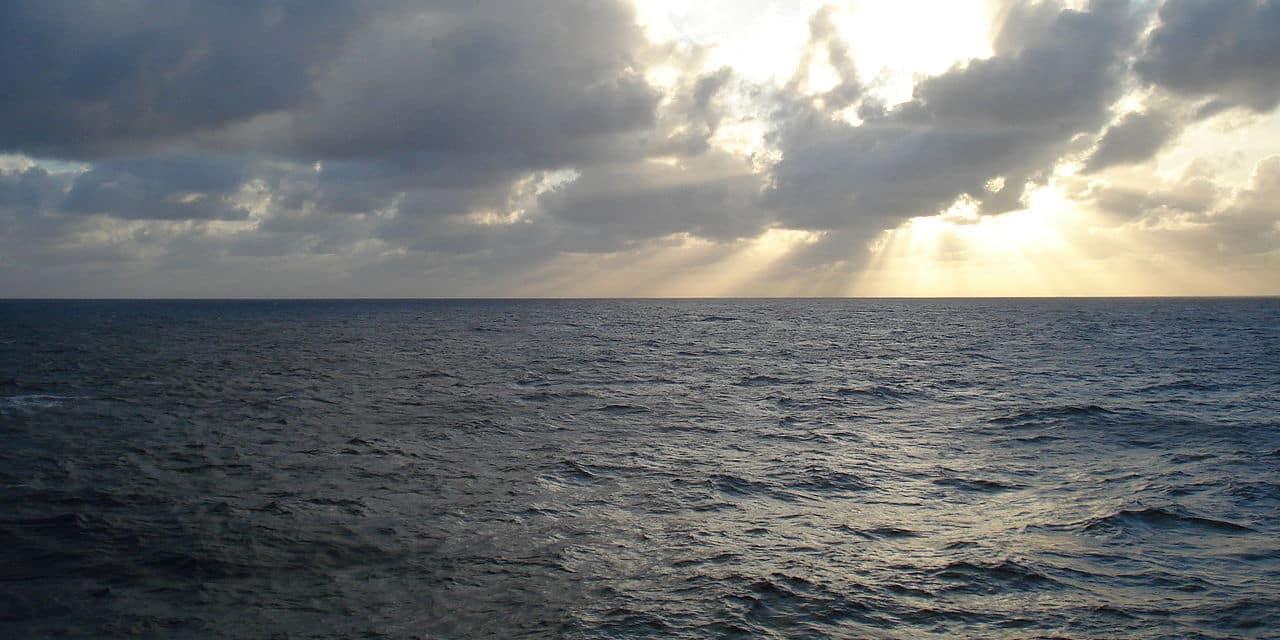 La mer en cause