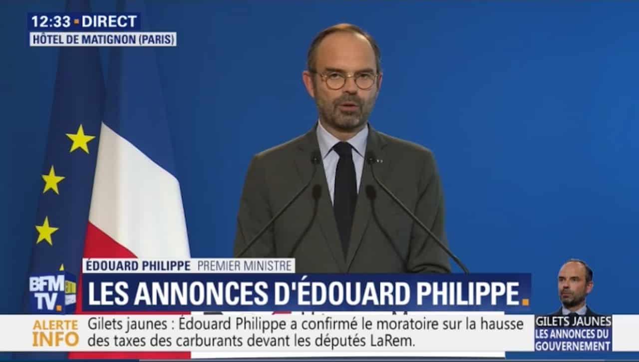 Macron et Philippe : à côté de la plaque.