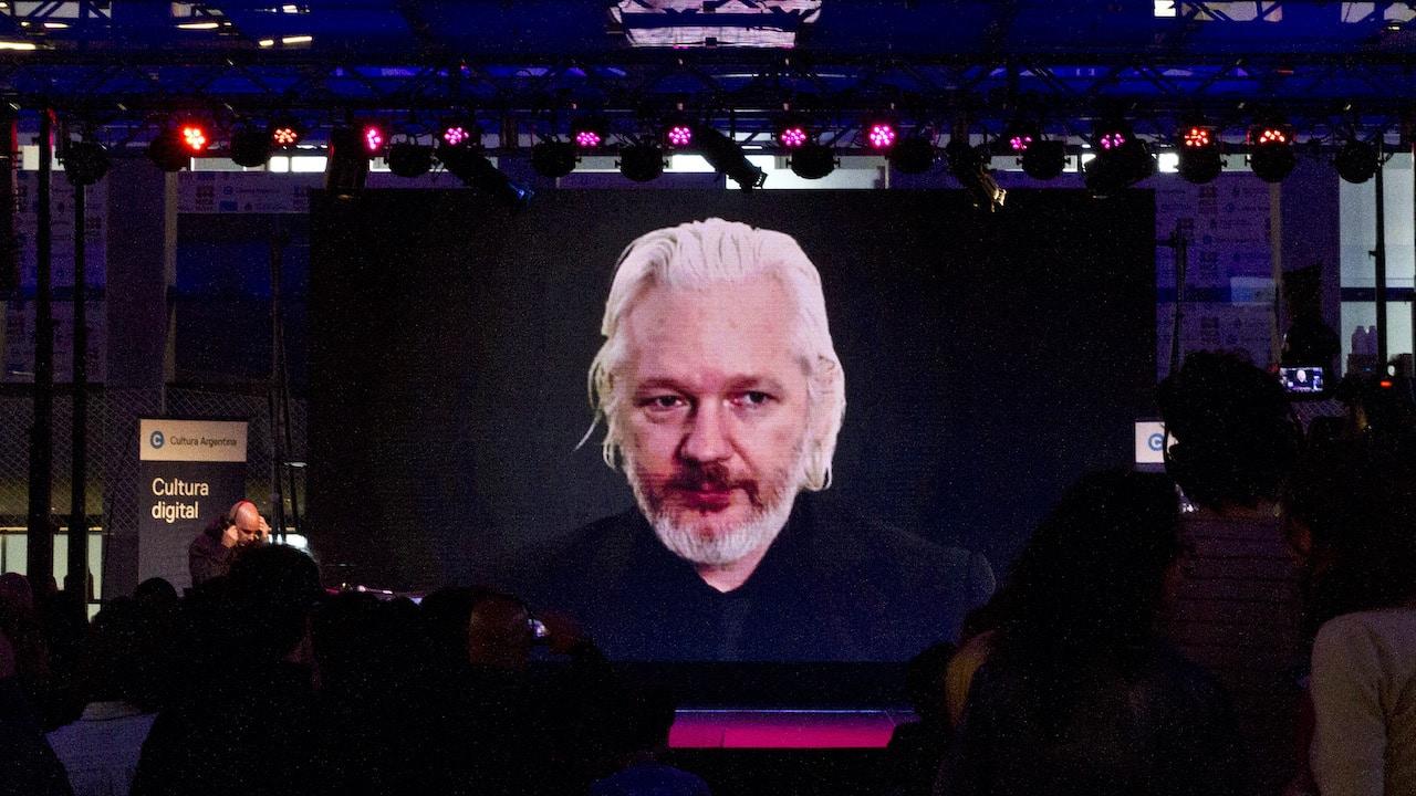 La France doit accorder l'asile politique à Julian Assange