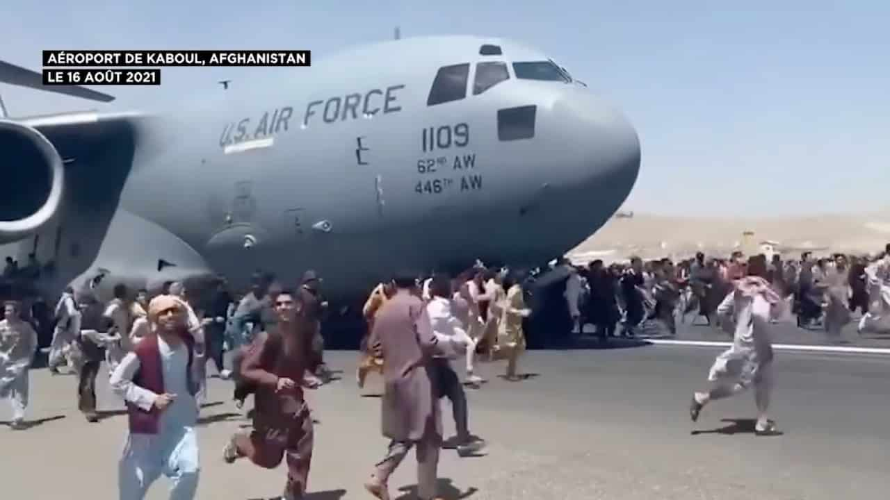 Afghanistan : 20 ans de guerre en travers de la gorge